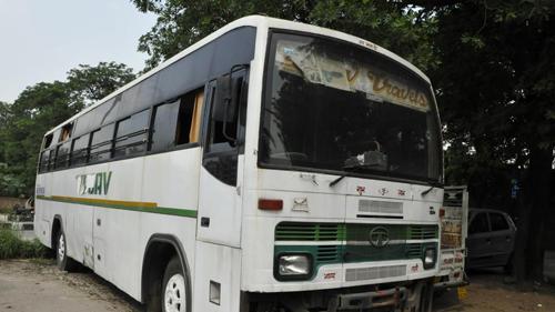 Ấn Độ treo cổ nhóm cưỡng hiếp tập thể nữ sinh trên xe buýt - ảnh 2