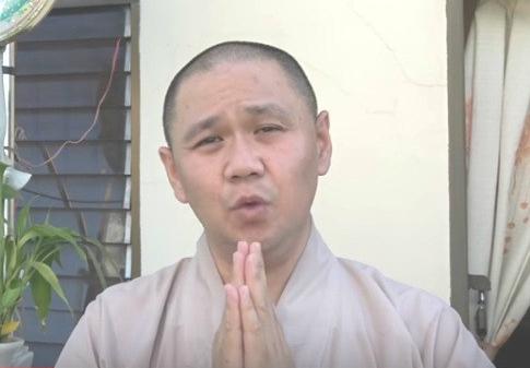 nam-dieu-duong-sam-so-nu-benh-nhan-vi-tuong-co-tinh-y-7