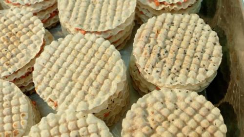 Lãi gần 300 triệu đồng mỗi năm nhờ sản xuất kẹo cu đơ