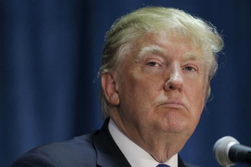 Hơn một tuần rung chuyển của chính quyền Trump