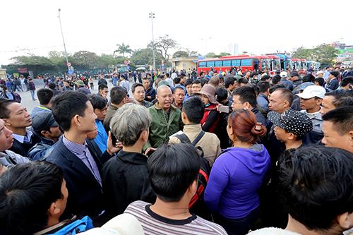 Chủ tịch Hà Nội: Điều chuyển tuyến xe khách không có 'lợi ích nhóm'