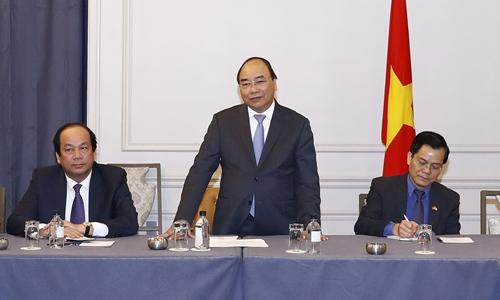 Thủ tướng Nguyễn Xuân Phúc phát biểu tại cuộc gặp với các doanh nhân, trí thức gốc Việt tại Mỹ. Ảnh: TTXVN.