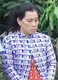 Bà Hương thừa nhận hành vi Tổ chức đánh bạc để thu tiền xâu. Ảnh: Xuân Hiếu.