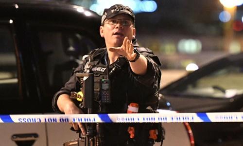 Cảnh sát Anh mất 8 phút để tiêu diệt nhóm khủng bố ở London