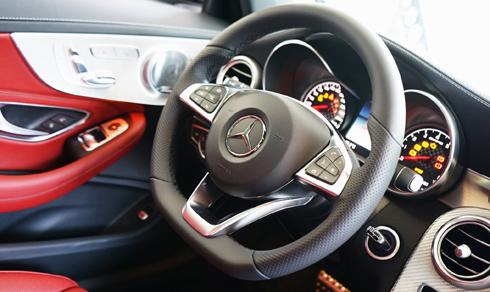 mercedes-c43-amg-gia-4-2-ty-dong-doc-nhat-viet-nam-page-2-6