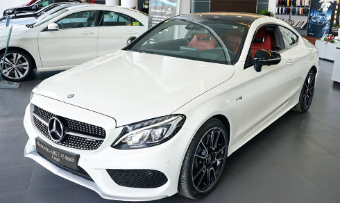 mercedes-c43-amg-gia-4-2-ty-dong-doc-nhat-viet-nam