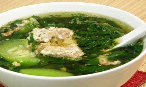 Tại sao thức ăn chứa nhiều nước lại dễ bị nhiễm khuẩn?