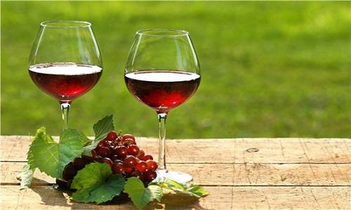Có phải rượu vang để càng lâu thì càng ngon?