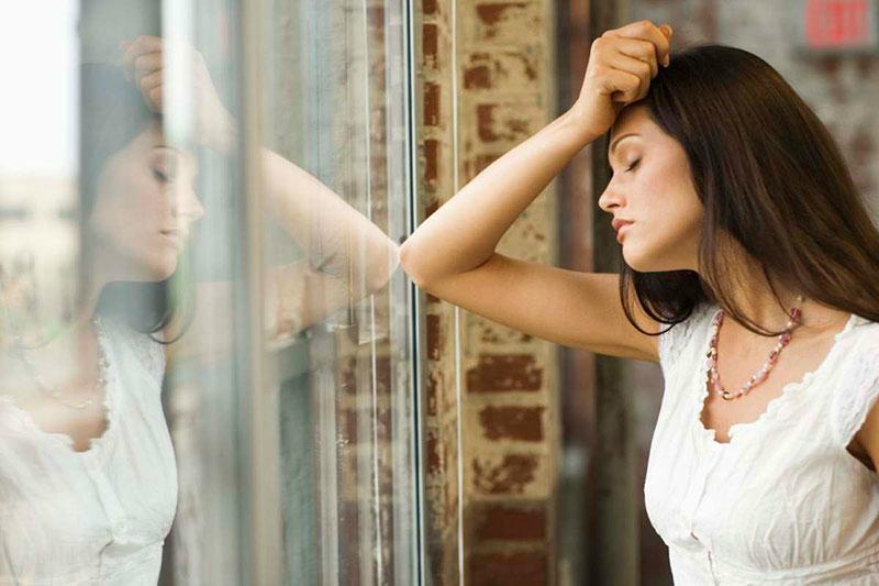 Tôi mơ chuyện chăn gối với người khác vì chồng không yêu mình