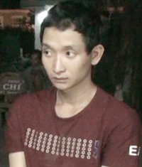 Hậu bị bắt giữ khi đang tìm người bán xe máy vừa trộm được ở TP Cà Mau. Ảnh: Phúc Hưng
