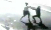 Bị bắn gục tại chỗ vì cướp nhầm cảnh sát