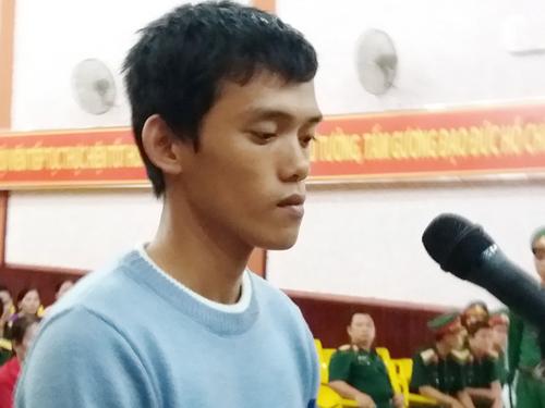 Vinh thừa nhận hành vi Giết người của mình tại phiên xét xử. Ảnh: Hà Tiên.