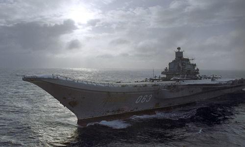 Anh gọi hàng không mẫu hạm Nga là 'đống phế liệu'