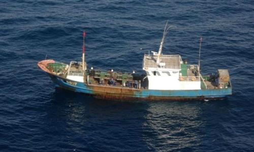 Một tàu cá Trung Quốc. Ảnh: Reuters.
