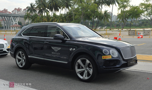 Bentayga mẫu SUV siêu sang đắt khách của Bentley.