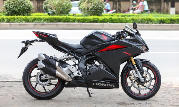Honda CBR250RR về Hà Nội giá trên 200 triệu đồng