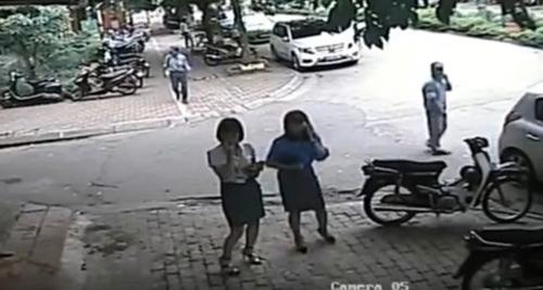 Bí thư quận Thanh Xuân thông tin việc Phó chủ tịch quận điều Chủ tịch phường trông xe - ảnh 1