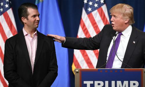 Trump chỉ trích truyền thông khinh miệt con trai