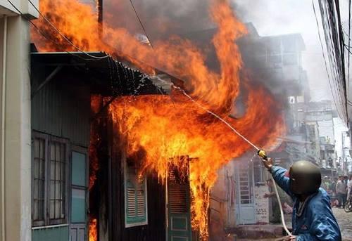 Cụ ông 92 tuổi thiệt mạng trong đám cháy ở Đà Lạt