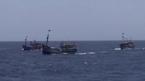 Indonesia cho nổ 81 tàu cá nước ngoài - ảnh 1