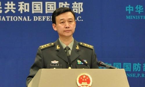 Phát ngôn viên Bộ Quốc phòng Trung Quốc Ngô Khiêm. Ảnh: SCMP