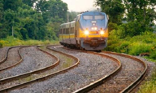 Tại sao tàu hỏa phải chạy trên đường ray?