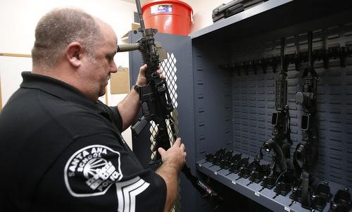 Mỹ bị lừa bán lô vũ khí triệu USD cho sở cảnh sát 'ma'