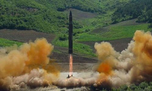 Triều Tiên tuyên bố phóng thành công tên lửa đạn đạo xuyên lục địa. Ảnh: KCNA.