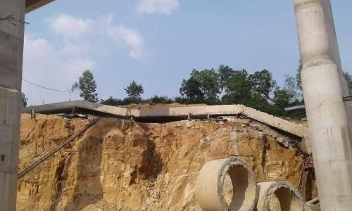 Sập dầm cầu công trình cao tốc Hạ Long - Vân Đồn