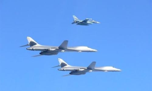 Chiến đấu cơ Mỹ, Nhật diễn tập ngoài khơi bán đảo Triều Tiên