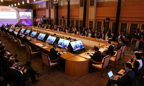 """Diễn đàn ASEAN ở Philippines """"nóng"""" vì Biển Đông và Triều Tiên"""