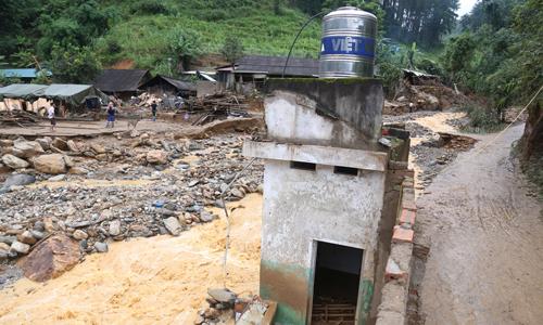 8 người dân Mù Cang Chải vẫn mất tích sau lũ ống