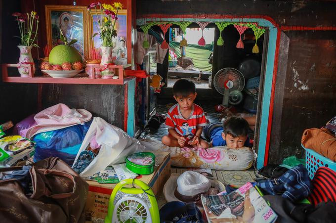 Cuộc sống thương hồ hơn 10 năm của gia đình ở Sài Gòn - Ảnh minh hoạ 6