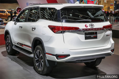 toyota-fortuner-trd-sportivo-ban-indonesia-2