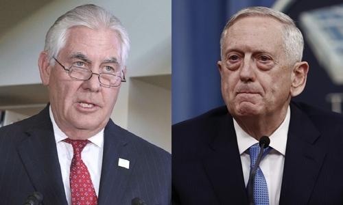 Ngoại trưởng Mỹ Rex Tillerson (trái) và Bộ trưởng Quốc phòng James Mattis. Ảnh: AP.