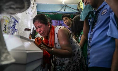Philippines rúng động vì học sinh bị giết trong cuộc chiến chống ma túy