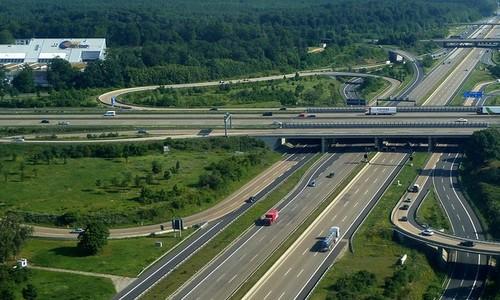 Không thể có Autobahn tại Việt Nam