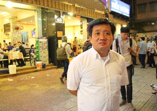 Ông Đoàn Ngọc Hải đề xuất hạ chức chủ tịch phường nếu vỉa hè bị chiếm