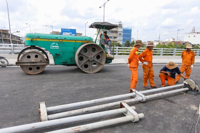 Nhánh cầu nối đại lộ hiện đại nhất TP HCM xong trước hai tháng - Ảnh minh hoạ 4