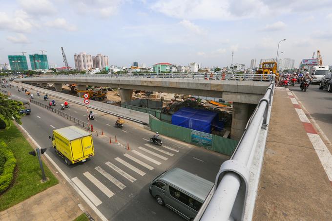 Nhánh cầu nối đại lộ hiện đại nhất TP HCM xong trước hai tháng - Ảnh minh hoạ 3