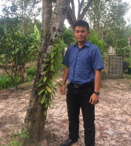 Nguyễn Văn Thiện là người sáng lập ra thương hiệu nhang sạch.