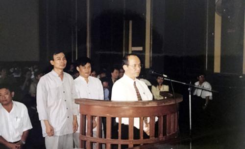Vì sao ông Trịnh Vĩnh Bình kiện Chính phủ đòi 1,25 tỷ USD?