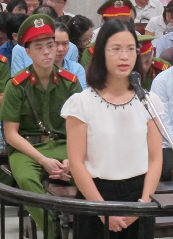 Ông Hà Văn Thắm phủ nhận OceanBank bị thiệt hại 1.600 tỷ đồng - Ảnh minh hoạ 2