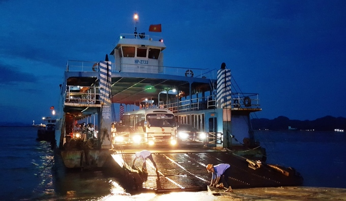 Du khách đổ về đảo Cát Bà, phà Hải Phòng kẹt cứng - Ảnh minh hoạ 10