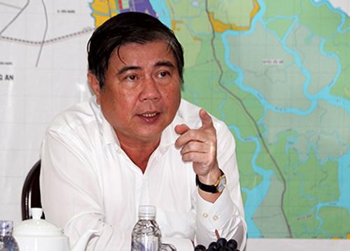 Chủ tịch TP HCM bức xúc vì sở báo cáo không đúng sự thật