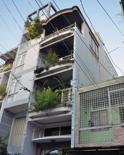 7 người được cứu khỏi nhà bốn tầng bốc cháy ở Sài Gòn - Ảnh minh hoạ 2