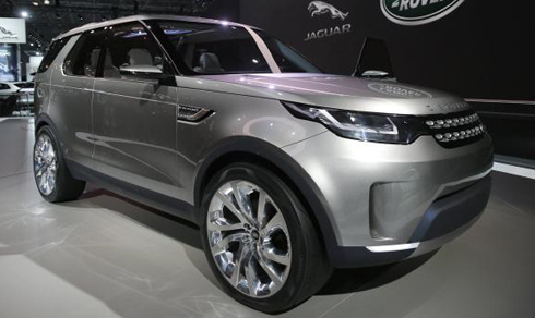 land-rover-discovery-the-he-moi-ve-viet-nam-gia-tu-4-3-ty