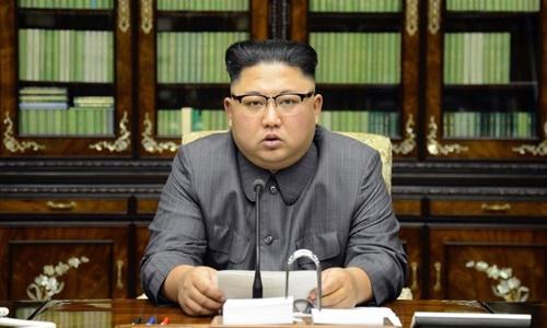 kim-jong-un-ca-ngoi-vu-khi-hat-nhan-la-cong-cu-ran-de-uy-luc