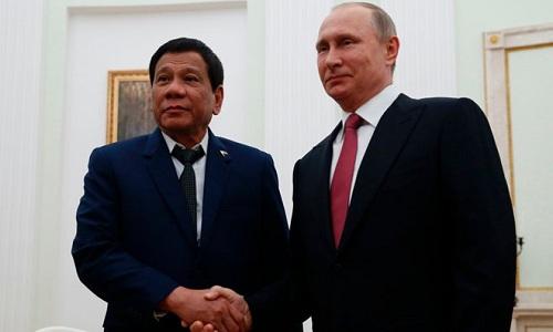 nga-tang-philippines-5000-sung-ak-47-mot-trieu-dan-chong-khung-bo