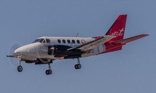 Phi cơ chở khách lần đầu đâm UAV ở Canada - 208238